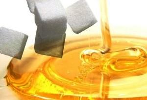 Miele nei dolci al posto dello zucchero