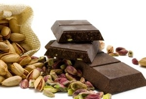 Cioccolato e pistacchio come preparare una tavoletta alternativa in casa