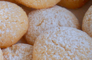 mandorle biscotti