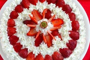 torta panna fragola