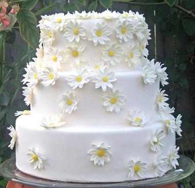 wedding cakes with daisy decorations torta nuziale da fare in casa la guida completa troppo 26016